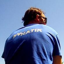 Fanatik La marque de vêtement FANATIK m'accompagnera au bord de l'eau en 2015….Lors de son lancement en 2013;Fanatik a connu un large succés et aujourd'hui je suis heureux de collaborer avec eux ..